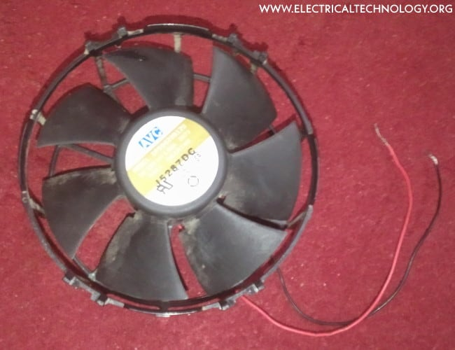 Mini Air-Cooler System from 12V Fan (Homemade form Trash)