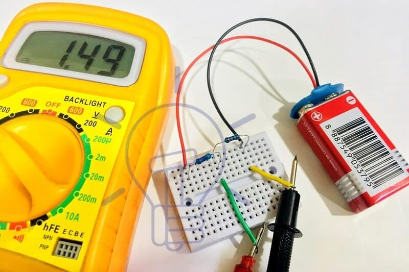 Voltage Divider Rule with Examples and Applications