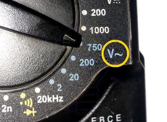 DMM AC Voltage Measurement Mode Selection